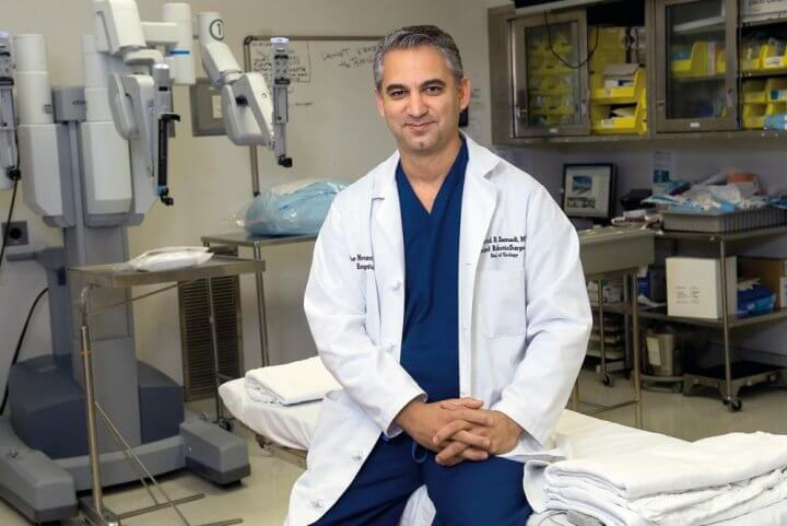 Dr Savid Samadi in OR